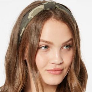 🌟3/$10🌟Camo print knit headband